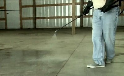 Penetrating Concrete Sealer Lication